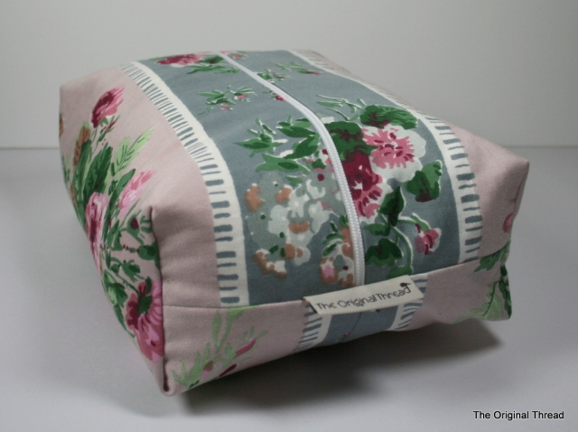 Vintage Fabric Boxy bathroom bag
