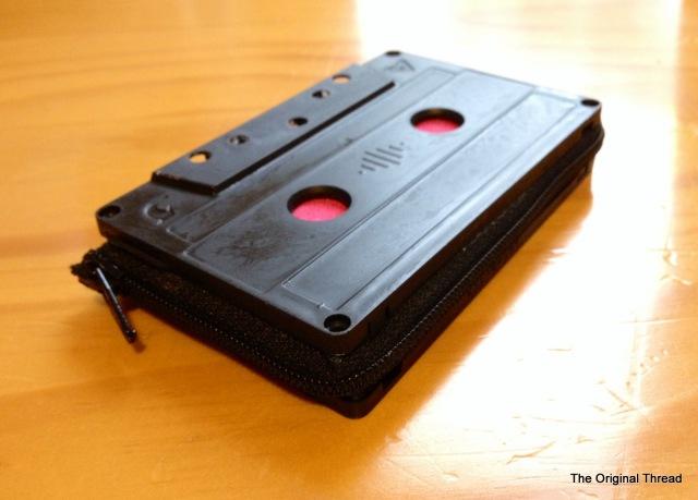 cassette tape purse2